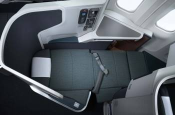 Cathay Pacific: Business Class Boeing 777-300