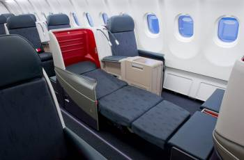 Flacher Schlafsitz in der neuen Turkish Airlines Business Class